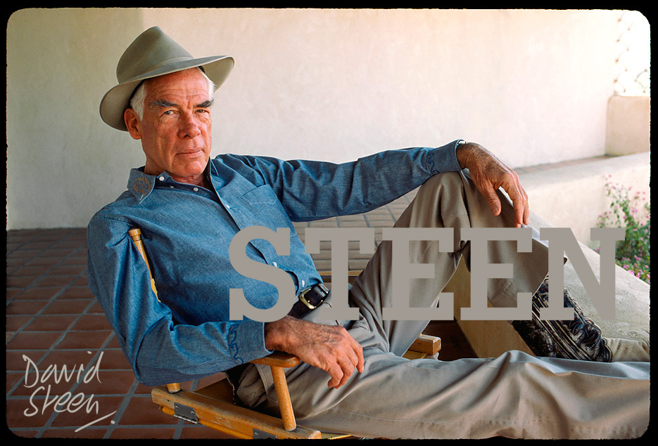 LEE MARVIN, HIS HOME, ARIZONA, MARCH, 1985