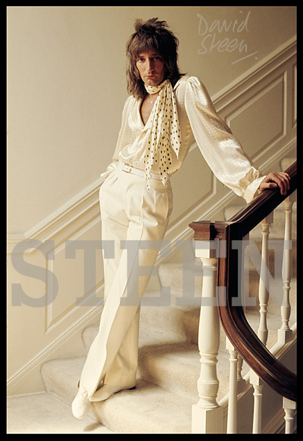 ROD STEWART, BEVERLY HILLS, LOS ANGELES, 1976