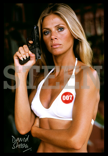 BRITT EKLAND, MARY GOODNIGHT, THE MAN WITH THE GOLDEN GUN, BANGKOK, 1974