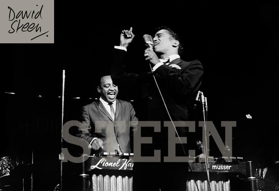 SAMMY DAVIS JNR & LIONEL HAMPTON, LAS VEGAS, DECEMBER, 1963
